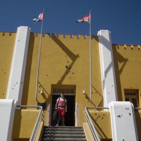 Moncada - Första militära anläggningen att göras om till skola